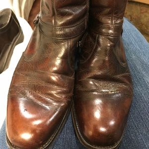 Men's size 9 boots side zip leather